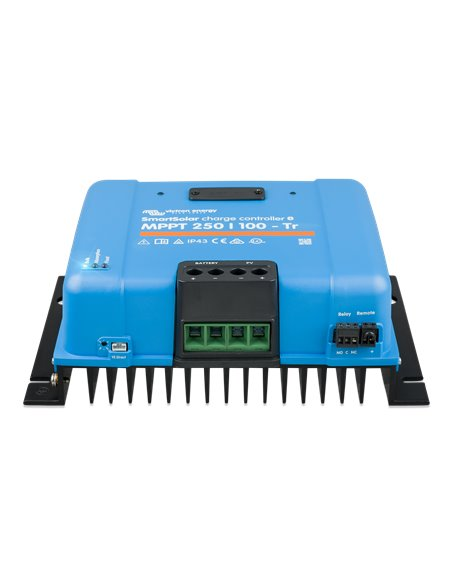 SmartSolar charge controller MPPT 250/100-Tr (front)